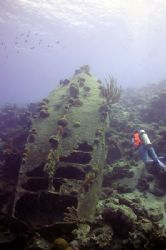 La Machaca wreck Bonaire. Take with Nikon Coolpix 990 + I... by Brian Mayes 